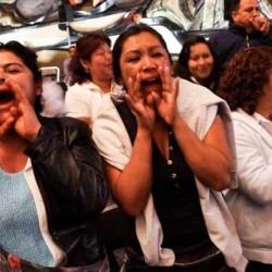 mujeres-gritando